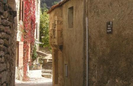 Robion Provence rentals