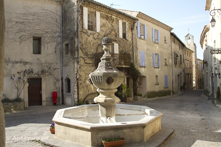 Venasque Provence rentals