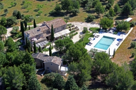Just , Rentals in  - Mas des Alpilles