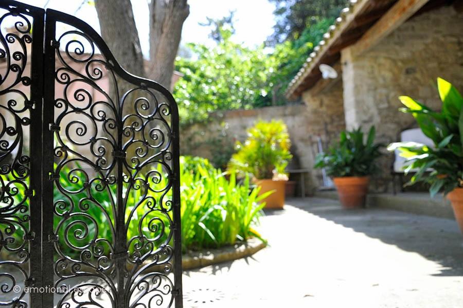holiday cottages south france l'Autre Rive