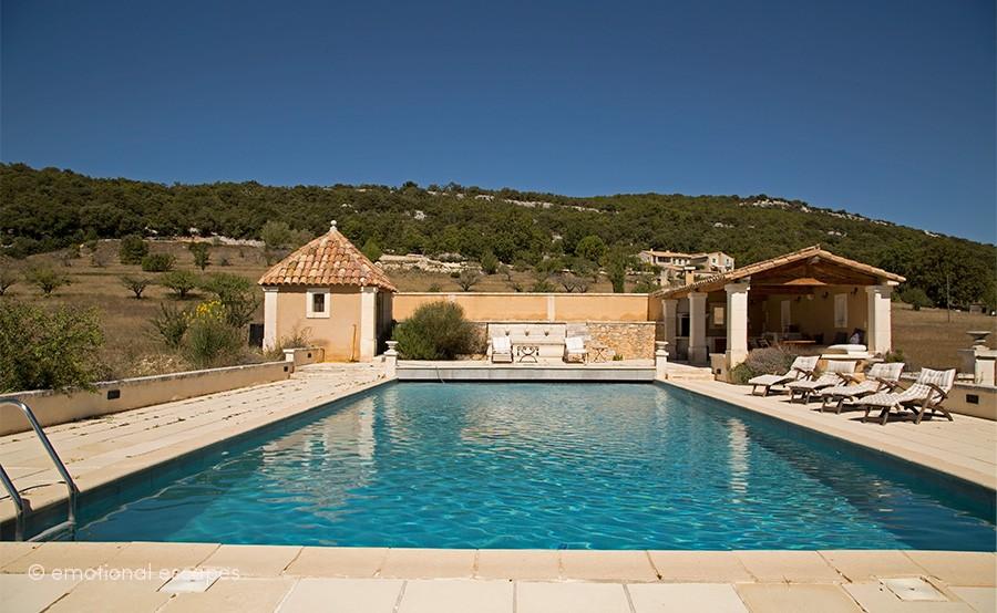 provence vacation villas