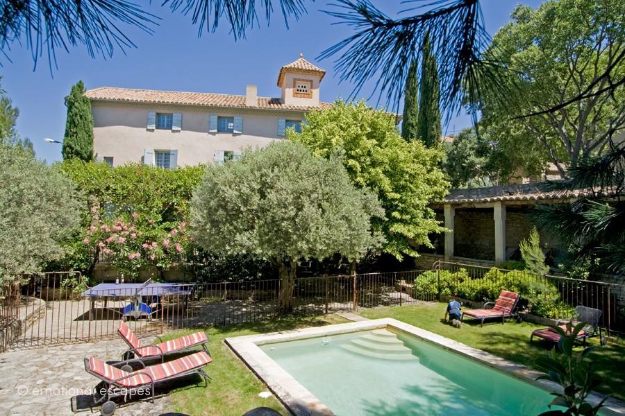 rental vacation homes provence