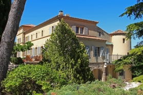 Just , Rentals in  - Château d'Eygalières
