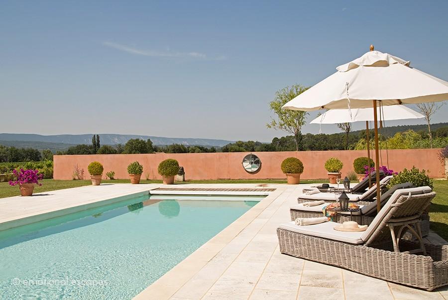 luxury retreats provence