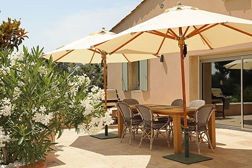 luxury rentals homes provence