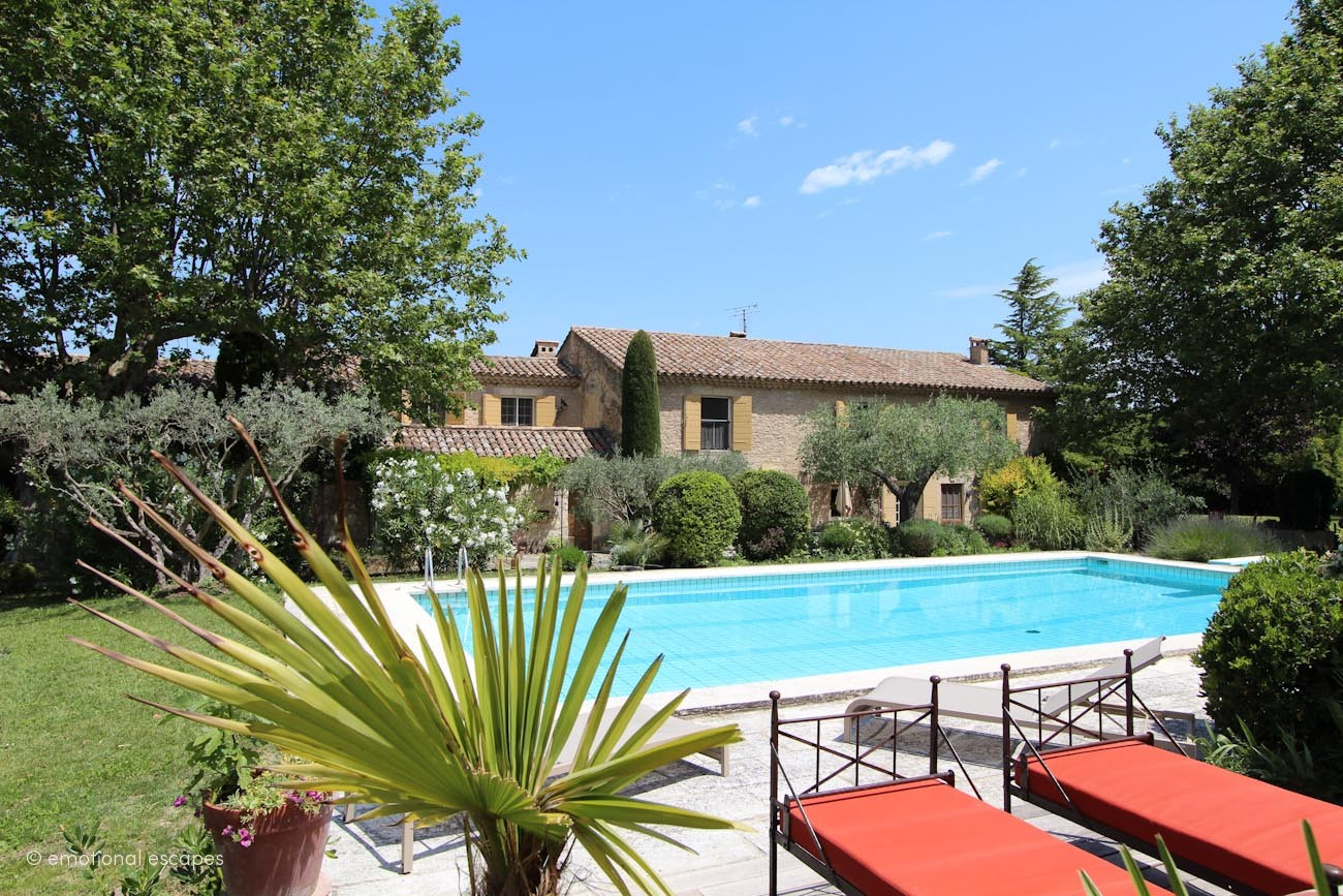 holiday villas provence