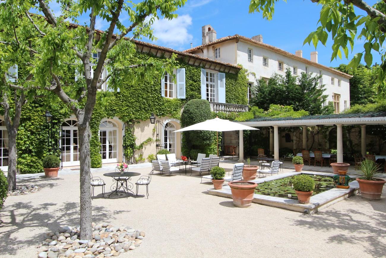 villas south of france