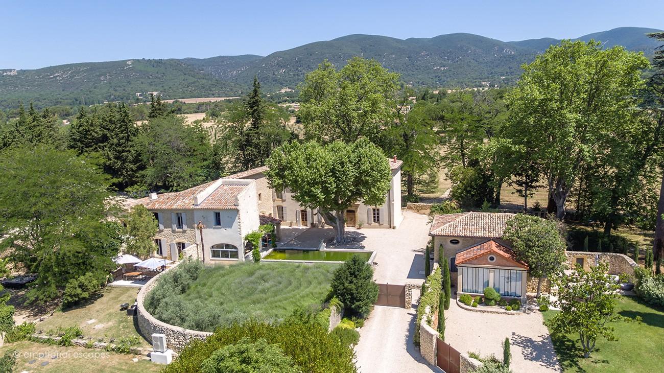 visit provence Lourmarin