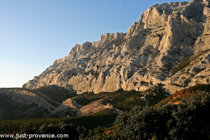 provence_mountain_range